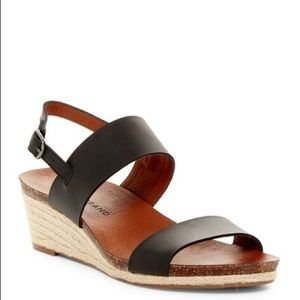 Lucky Brand Jette Black Strappy Wedge Sandals 6.5